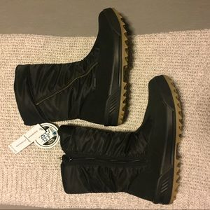 Blondo Iceland waterproof winter boot Black zipper